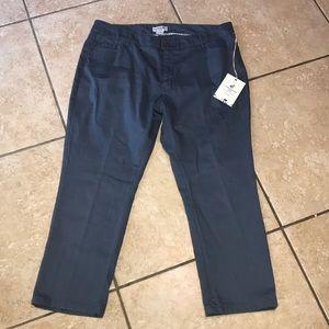 Caribbean Joe Petite Capri Jeans Pants NWT Size 10